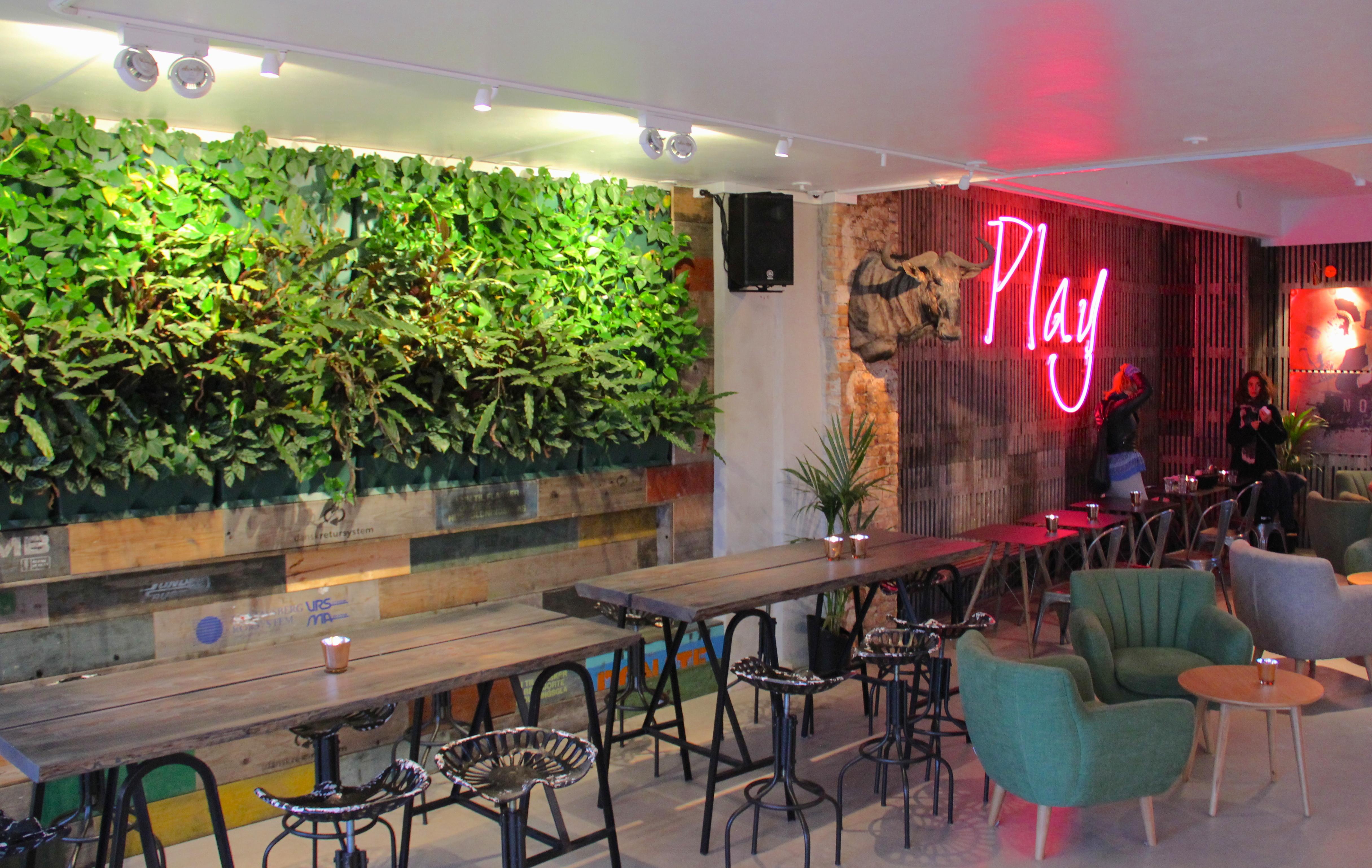Ny trend: Levende vægge i restauranter og caféer