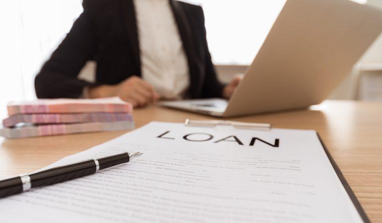 Sådan får du fat i det billigste og bedste lån