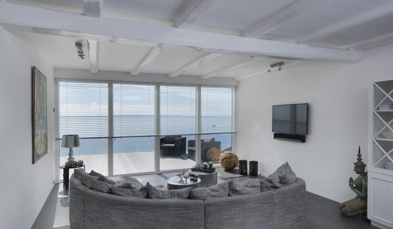 Moderne livsstil: Lars og Anita indretter eksklusivt, digitalt hjem